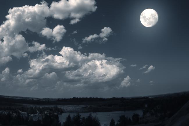 Σε ποιο ζώδιο είναι η Σελήνη σου; Ανακάλυψε την ψυχή σου!