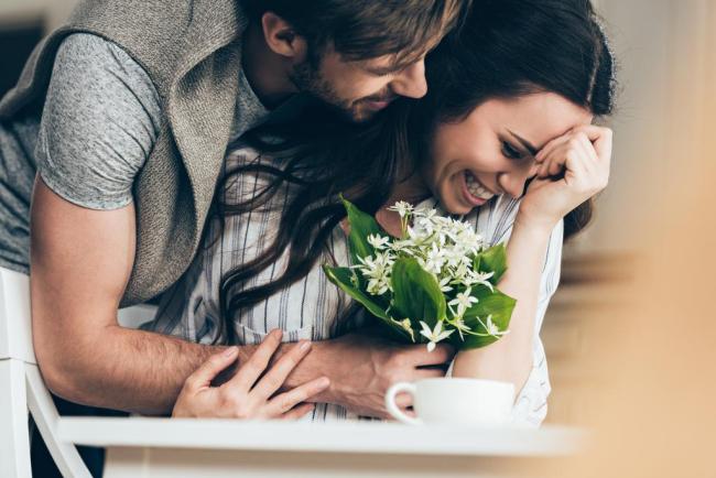 Πώς θα ευτυχίσετε με το πρόσωπο που αγαπάτε, ανάλογα με το ζώδιό του!
