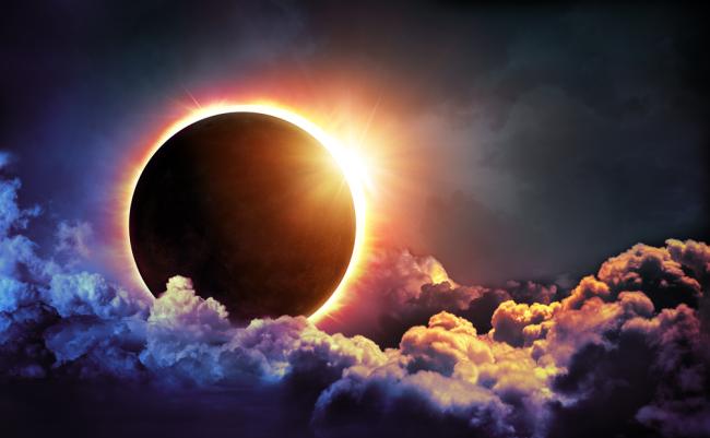 Έκλειψη Ηλίου στον Τοξότη στις 14 Δεκεμβρίου 2020. Προβλέψεις για τα ζώδια.