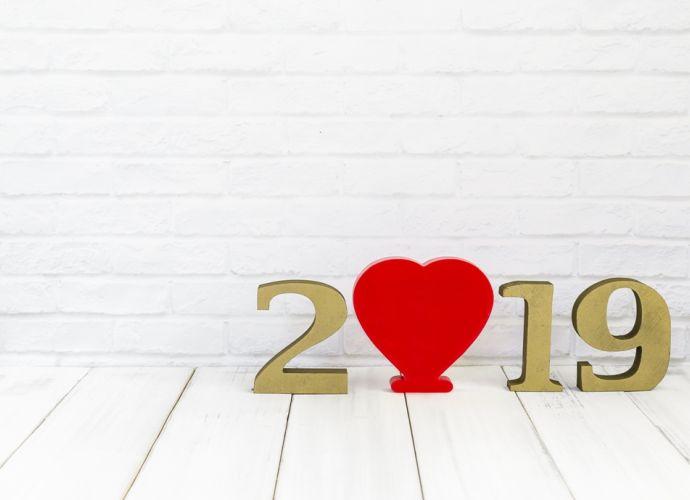 Αστρολογικό Ταρώ: Οι σχέσεις και τα αισθηματικά των ζωδίων το 2019.