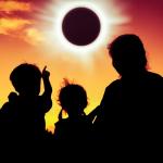 Η Σμάρω Σωτηράκη προβλέπει για την Ηλιακή Έκλειψη στον Αιγόκερω.