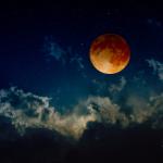 Έκλειψη Σελήνης στους Διδύμους στις 30 Νοεμβρίου 2020. Προβλέψεις για τα ζώδια.