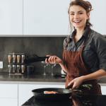 Τα ζώδια στην κουζίνα. Γιατί ο έρωτας περνά (ΚΑΙ) απ' το στομάχι!